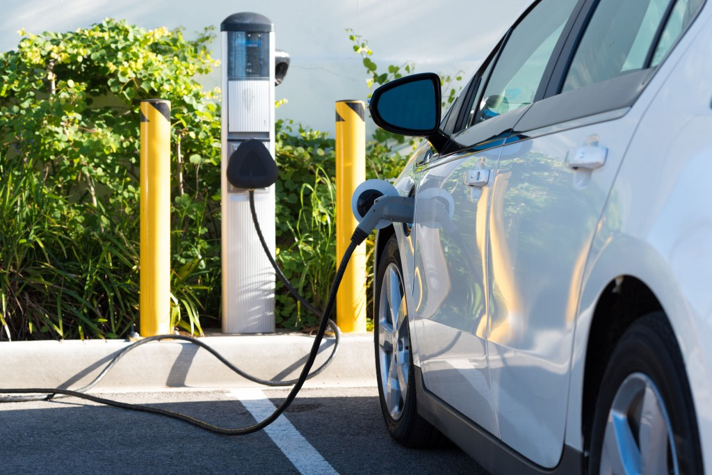 44662621 - an electric car charging in california